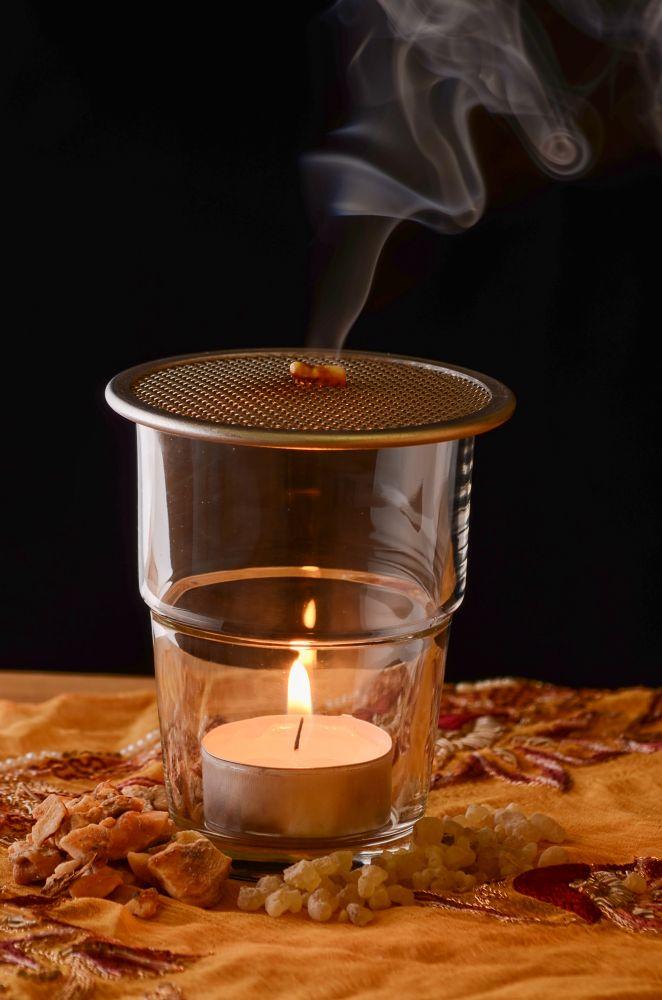 Eoné lampa pro odpařování pryskyřic